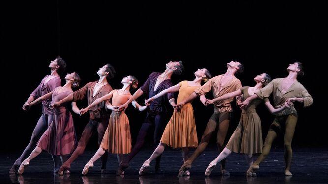El ballet destacó en sus coreografías grupales.