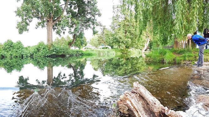 El río Sarria baña la ciudad del mismo nombre.