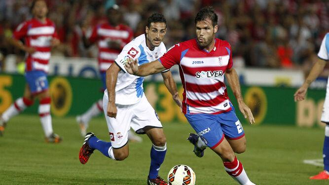 Adrián Ramos volvió a entrenar ayer con sus compañeros a pesar de que pidió salir del club.
