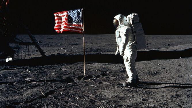 El prototipo diseñado por el granadino Emilio Herrera sirvió para el diseño de los trajes espaciales que permitieron llevar al hombre a la Luna.