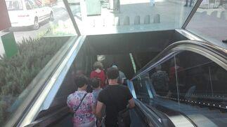 Bajada a la estación Alcázar Genil.