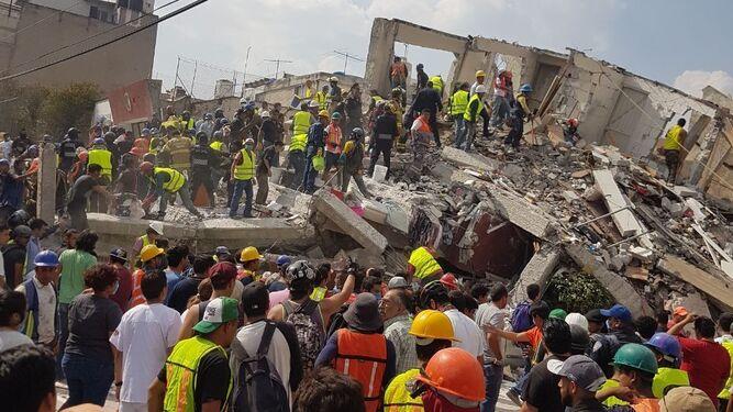 Una de las imágenes de los daños terremoto cedida por la investigadora.