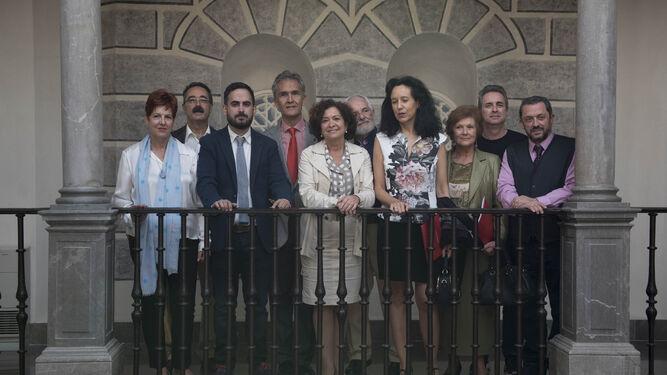 Organizadores y promotores del ciclo 'Memoria de Lorca' en la presentación del proyecto.