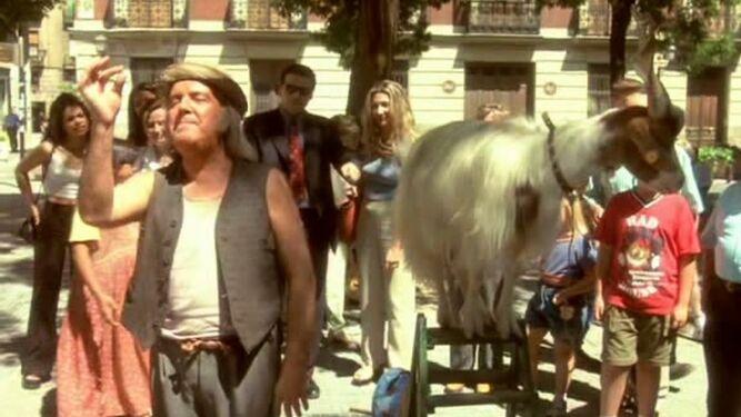 En 'Pápa Piquillo' (1998), del mismo realizador.
