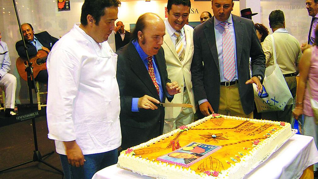 Chiquito de la Calzada celebra su 73 aniversario organizado por la empresa jerezana Veneciadores S.L. (2005)