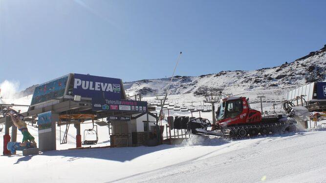 La Sierra desafía la falta de nieve y estrena el sábado la temporada