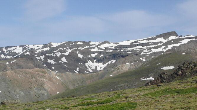 Sierra Nevada en 'petricolor'