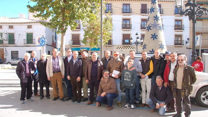 Huéscar sorteó también el tradicional 'Marrano de San Antón'.