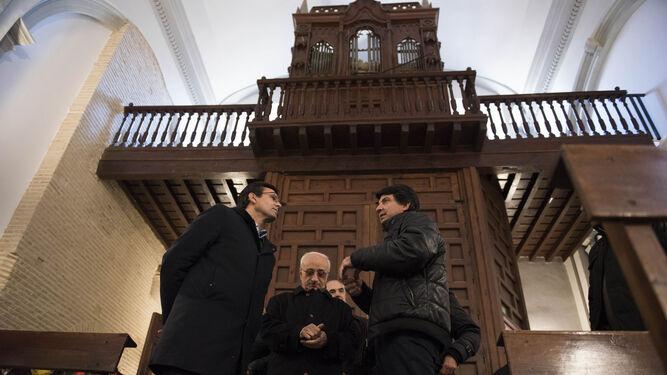 Francisco Cuenca, Manuel Reyes y Antonio Martín ayer en la visita.