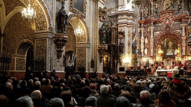 Misa en recuerdo de Ana Orantes celebrada en la Virgen de las Angustias.