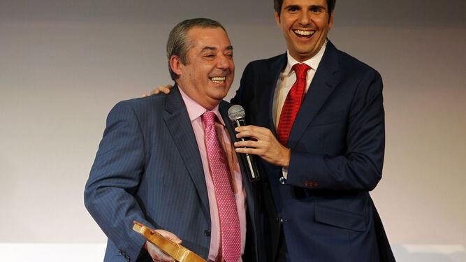 El periodista Ramón Burgos recibirá la Medalla de Oro de la Ciudad.
