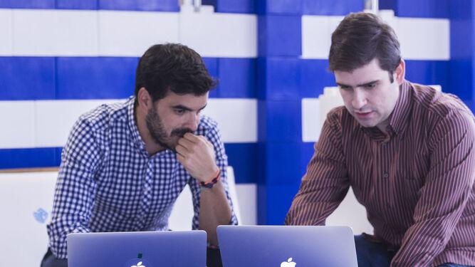 La profesionalidad, atención y perfección son los principios de Nazaríes IT.