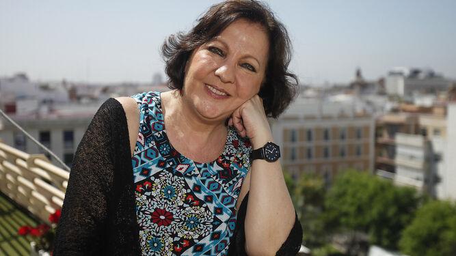 Carmen Linares.