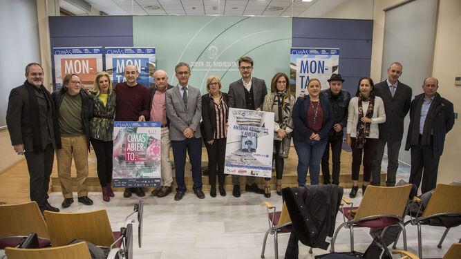 Foto de familia, ayer, en la presentación del programa cultural del I Congreso Internacional de las Montañas.