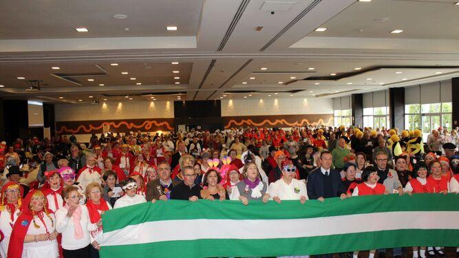 La XII edición del Carnaval para Mayores reunió a más de 550 participantes.