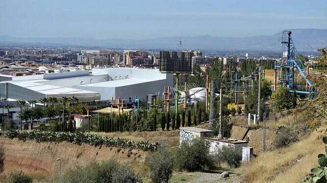 El caso Serrallo pone contra las cuerdas a seis concejales del PP que siguen en activo en el Ayuntamiento.
