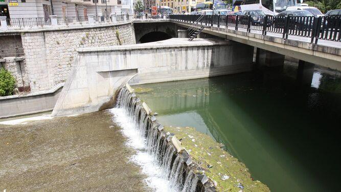 Urbanismo propone 'naturalizar' el río Genil hasta la Inmaculada