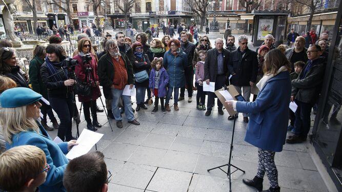 Marga Blanco fue una de las primeras en leer los versos del poeta.