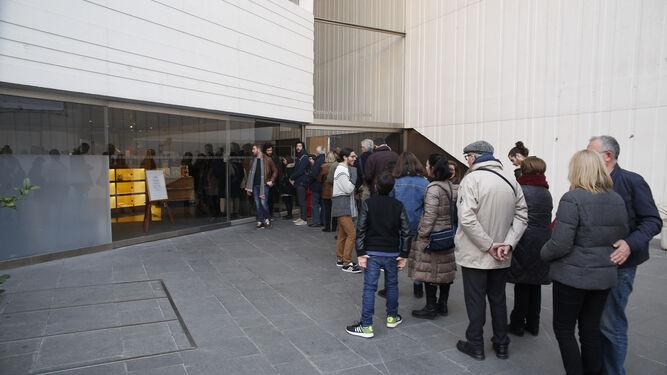 1. La película  ha llenado el auditorio del Centro Lorca en los tres pases.