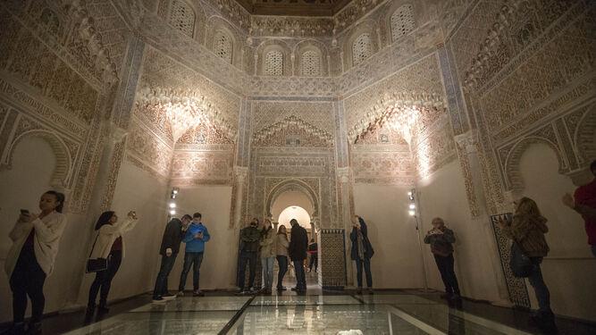 Granada se rinde  al hechizo de Falla