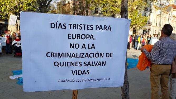 Uno de los carteles de la protesta.