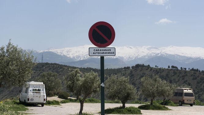 Las autocaravanas 'prohibidas'  llegan al Cerro de San Miguel