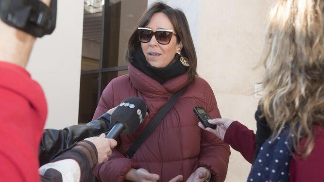 El gerente apunta a los exconsejeros delegados. En la imagen, María Francés.