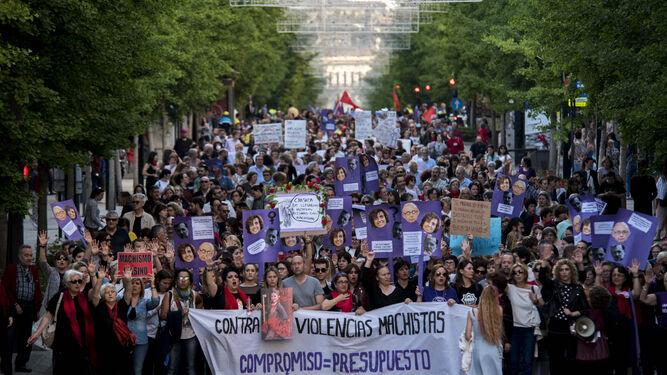 La manifestación partió a las 19:30 horas y transcurrió por Gran Vía hasta Reyes Católicos.