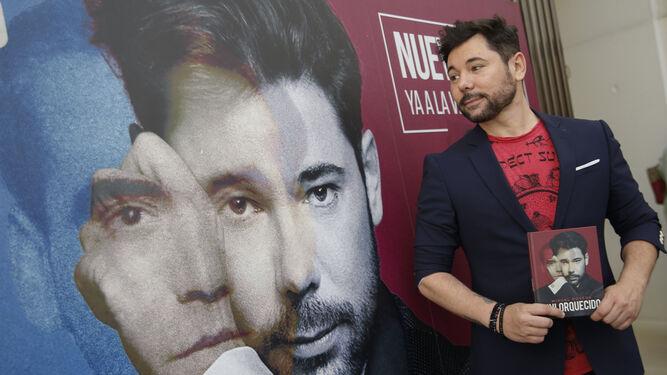 El cantaor catalán presentó el miércoles su disco en Madrid y ayer en Granada, en el Centro Lorca.