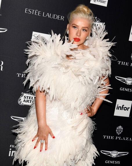 Los looks destacados de la fiesta Harper's Bazaar Icons