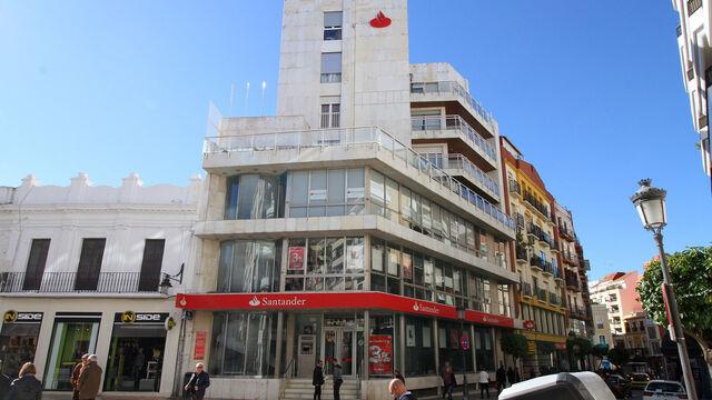 Banco santander abrir a partir de hoy 500 oficinas por la for Oficinas santander granada