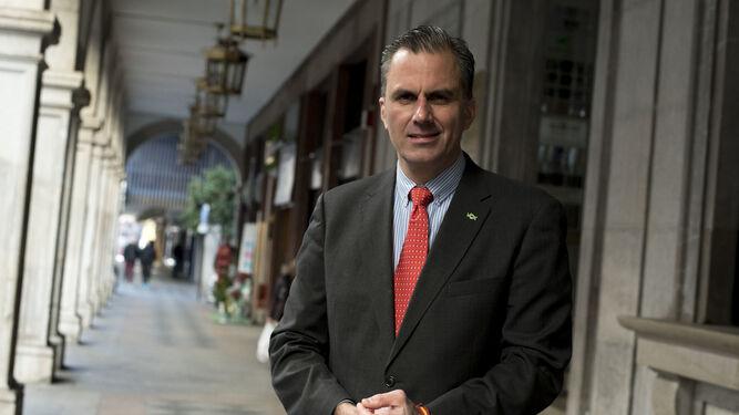"""[El País] Javier Ortega Smith: """"Abolir las autonomías es lo mejor para el país."""". Secretario-Vox-Javier-Ortega-Smith_1315079080_93080060_667x375"""