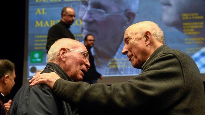 Quitián, a la izquierda, en la presentación del documental.