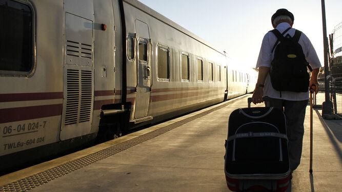 Renfe Descarta El Tren Hotel A Barcelona Pero Plantea Un Ave Diurno