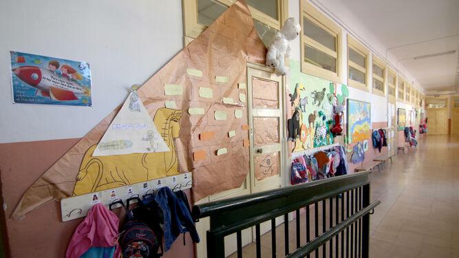 Imagen de archivo de un centro educativo en Granada.