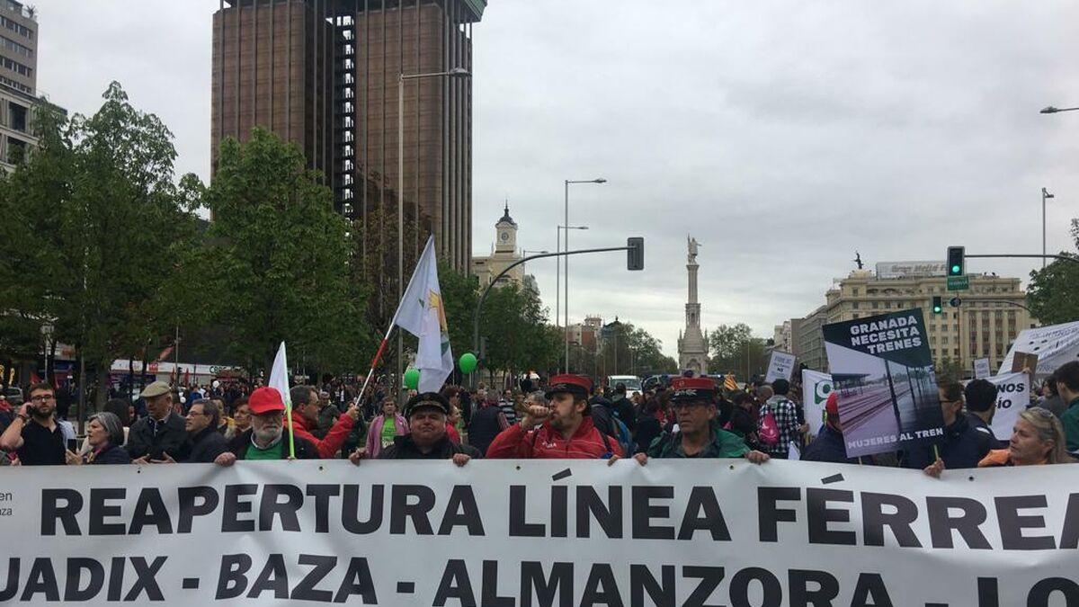 Teruel Existe y las comarcas de Baza y Guadix también: sigue la lucha por el tren del norte de Granada - Granada Hoy