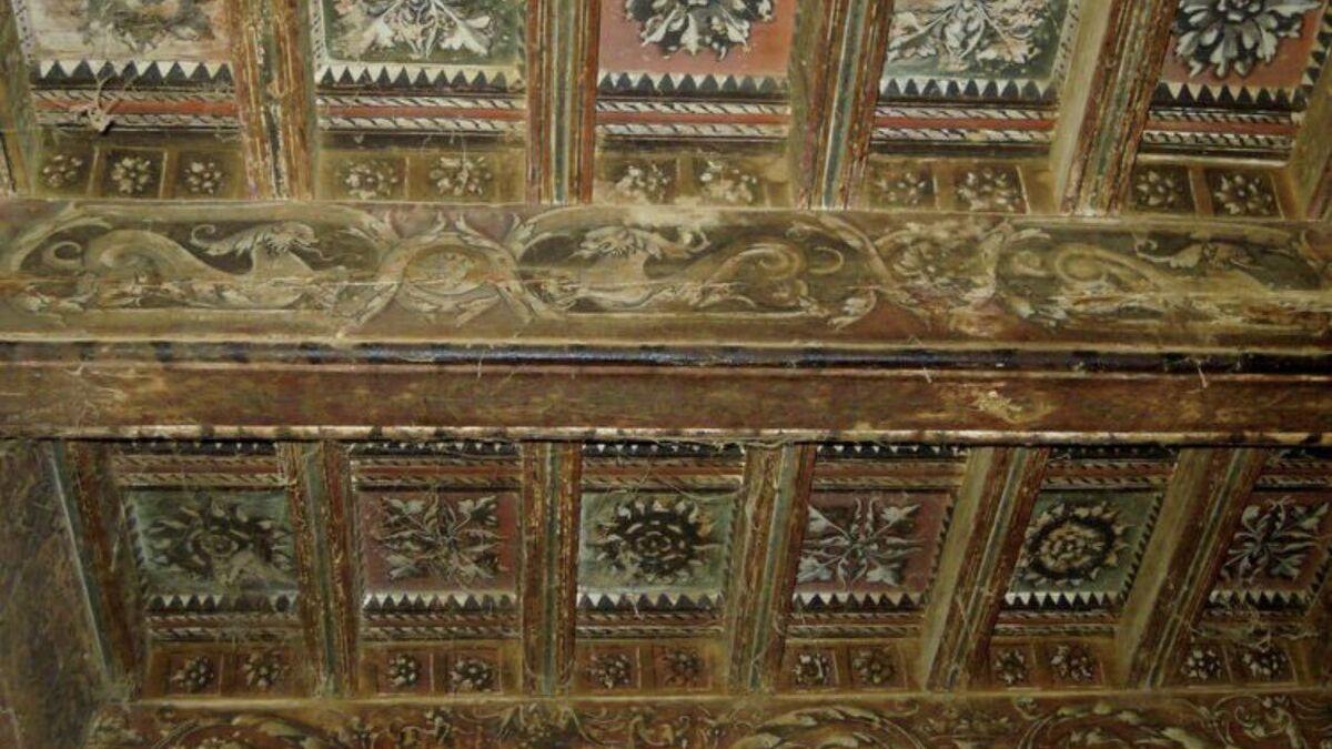 Derriban el palacio renacentista de Casa Carrasco en Guadix (Granada)
