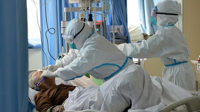 https://www.granadahoy.com/granada/Salud-robo-trajes-coronavirus-Granada-EPI_0_1444655708.html