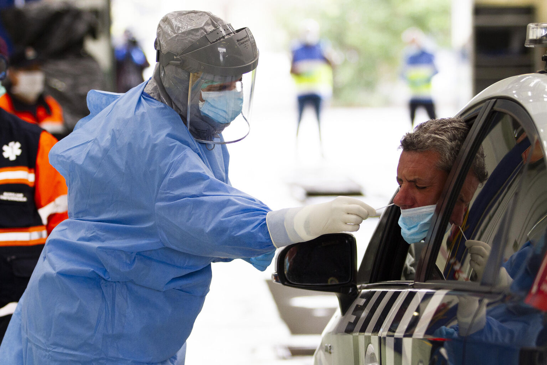 ¿Cuántos test de coronavirus salen positivos? Granada lleva casi 8.000 pruebas realizadas