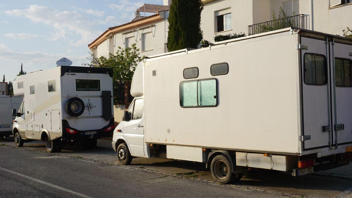 Caravanas en el Albaicín.
