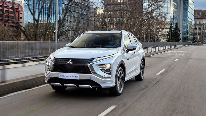 Mitsubishi evoluciona al Eclipse Cross y lo transforma en híbrido enchufable