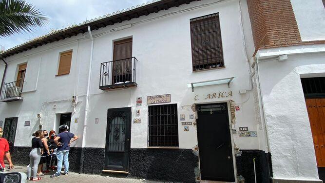 Gran operativo policial por tierra y aire en el Albaicín de Granada