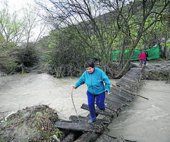 Inversiones de 38 millones para las zonas de aguas for Saneamientos granada